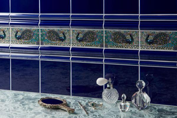 royal-blue-g9000-royal-blue-astragal-g9927-royal-blue-albert-g9900-de-morgan-peacock-border-2tile-set-6960a69795B67-5F08-69B4-66B8-A78E8754EAA7.jpg