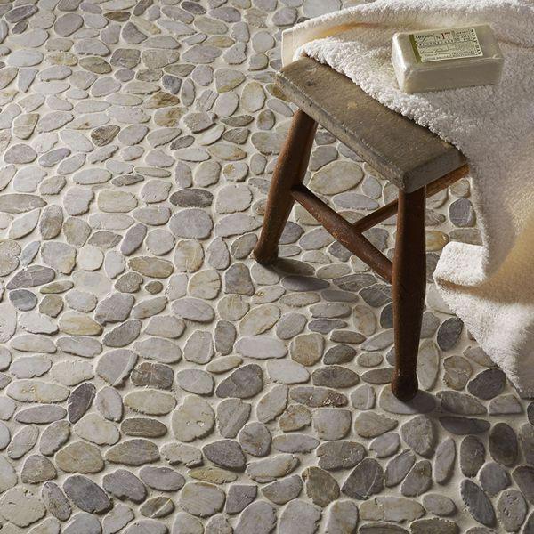 riverstone-pebble-white-mosaic25604417-A56C-0BDB-43FE-3A4D4BD603D2.jpg
