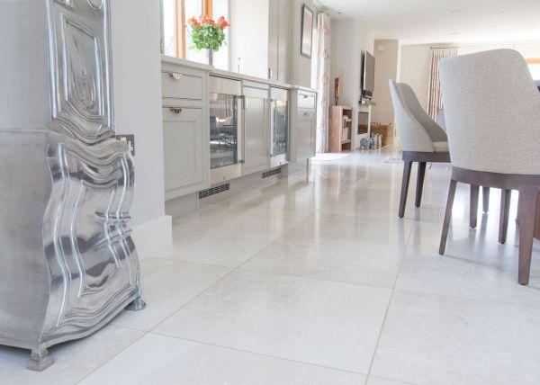 botticino-polished-marble-61x61cm63691F3A-BAE4-06D7-B22E-6368A7EA9157.jpg