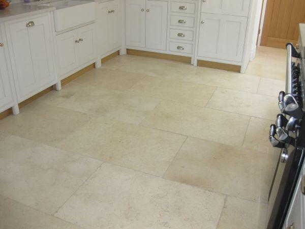 cream-tumbled-limestone-90x60cm822FFEE3-AA2D-D437-6403-48349C1B4204.jpg