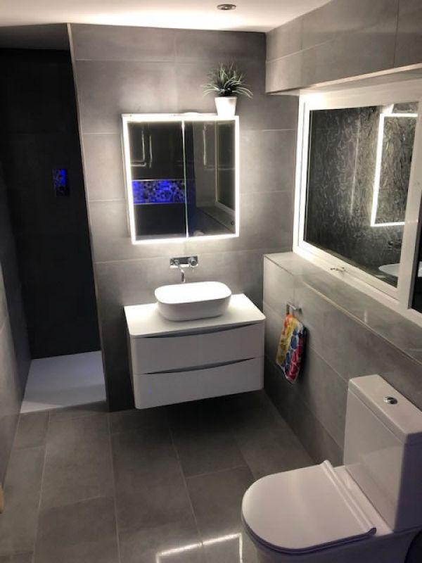 intime-cemento-37x75cm-wall-floor-grafito-lappato-37x75cm-shower-feature-wall93C487CA-C1F3-D950-8EB5-B35BCFA0C7E4.jpg