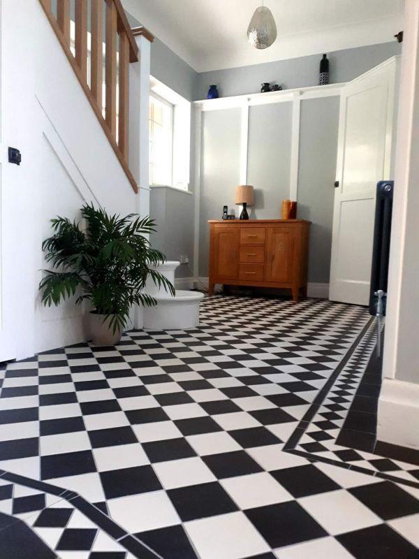 original-style-dorcester-pattern-in-dover-white-black-with-kingsley-border-black-infill-151x151mm925C37D5-45F0-9E85-95E4-7C05716B1F0B.jpg